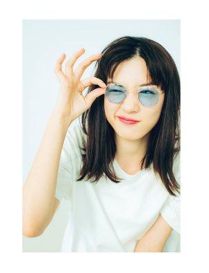 おしゃれなサングラスの永野芽郁
