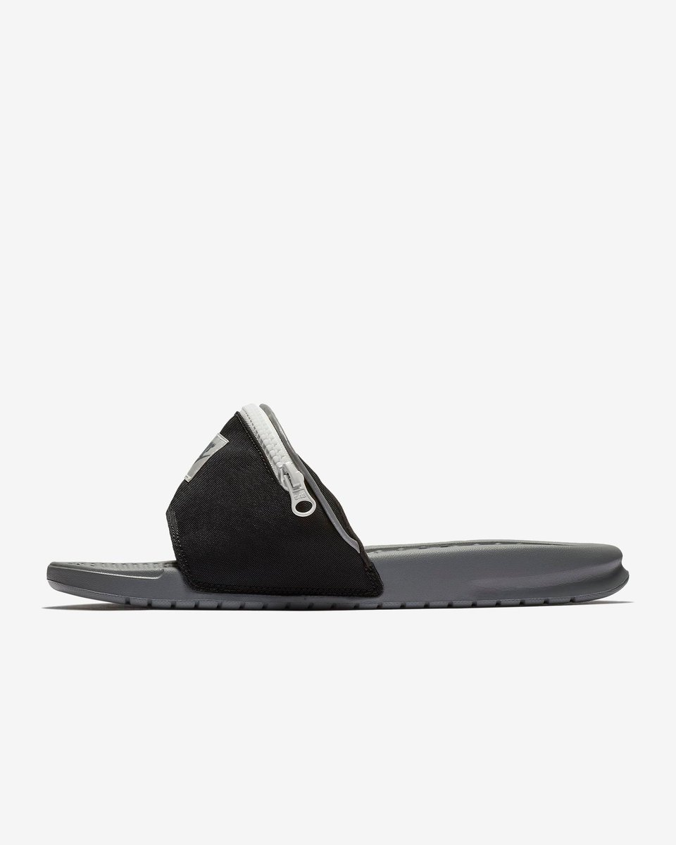 f47933276a1f3  ICYMI  Nike Benassi JDI Fanny Pack Slides dropped with FREE Shipping BUY  HERE  https   bit.ly 2sqWILf pic.twitter.com uUhbz5KID0