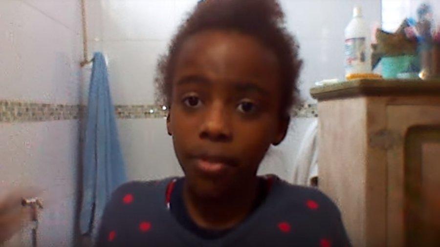Após ataques racistas, garota de 11 anos vira rosto de marca de beleza https://t.co/RasdbupqxT #geledes #racismo #mulhenegra