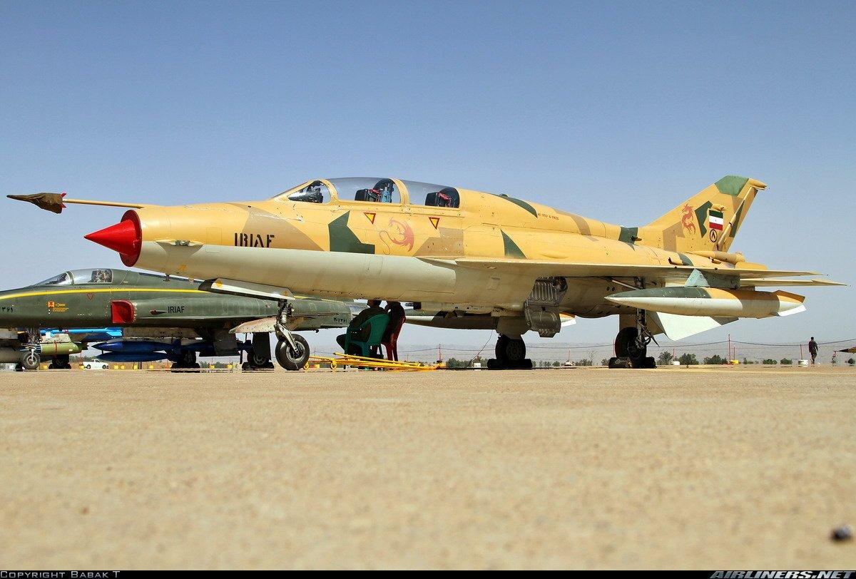 تحطم طائرة عسكرية إيرانية DesHiInX4AIaO06
