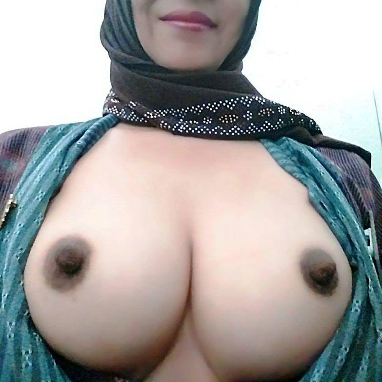 Arab ladyfuk freegallery — photo 14