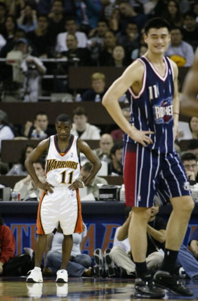"""Timeless Sports on Twitter: """"(2003) Happy birthday to Earl Boykins! At 5'5"""" and 133 pounds, his max bench press was 315 pounds! 💪… """""""