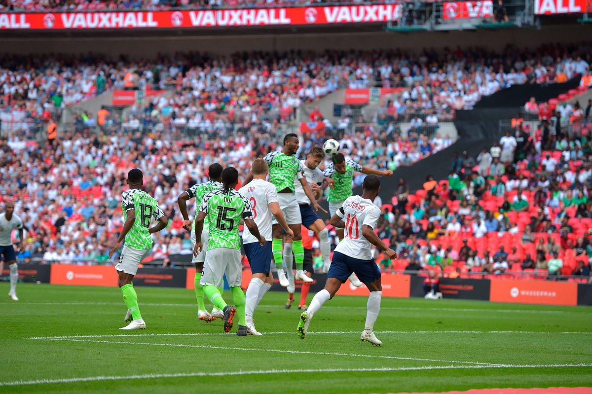 GIF:卡希尔头球破门,英格兰1比0尼日利亚