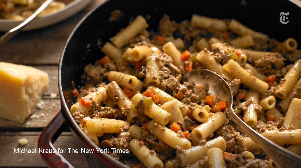 White Bolognese, a meat sauce made without tomato, is a variation you rarely see in America https://t.co/4nqGyFb0BK https://t.co/f5gu7o8NRL