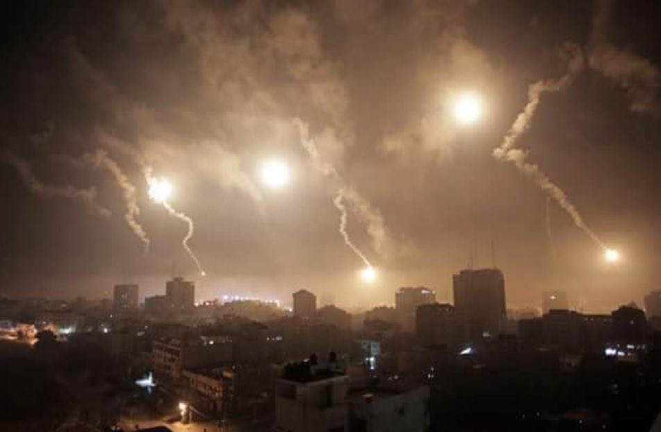 The murder of Razan al-Najjar is not enough for #Israel: its currently bombarding #Gaza with air-to-surface missiles