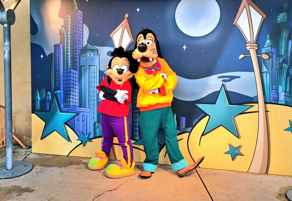 [Soirée] Disney FanDaze Inaugural Party (2 juin 2018) - Page 38 Detc_fYWkAEsSyz