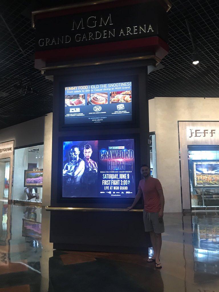 @Francis_McCaff @jeffhornboxer Mon @jeffhornboxer there's me in Vegas for your fight