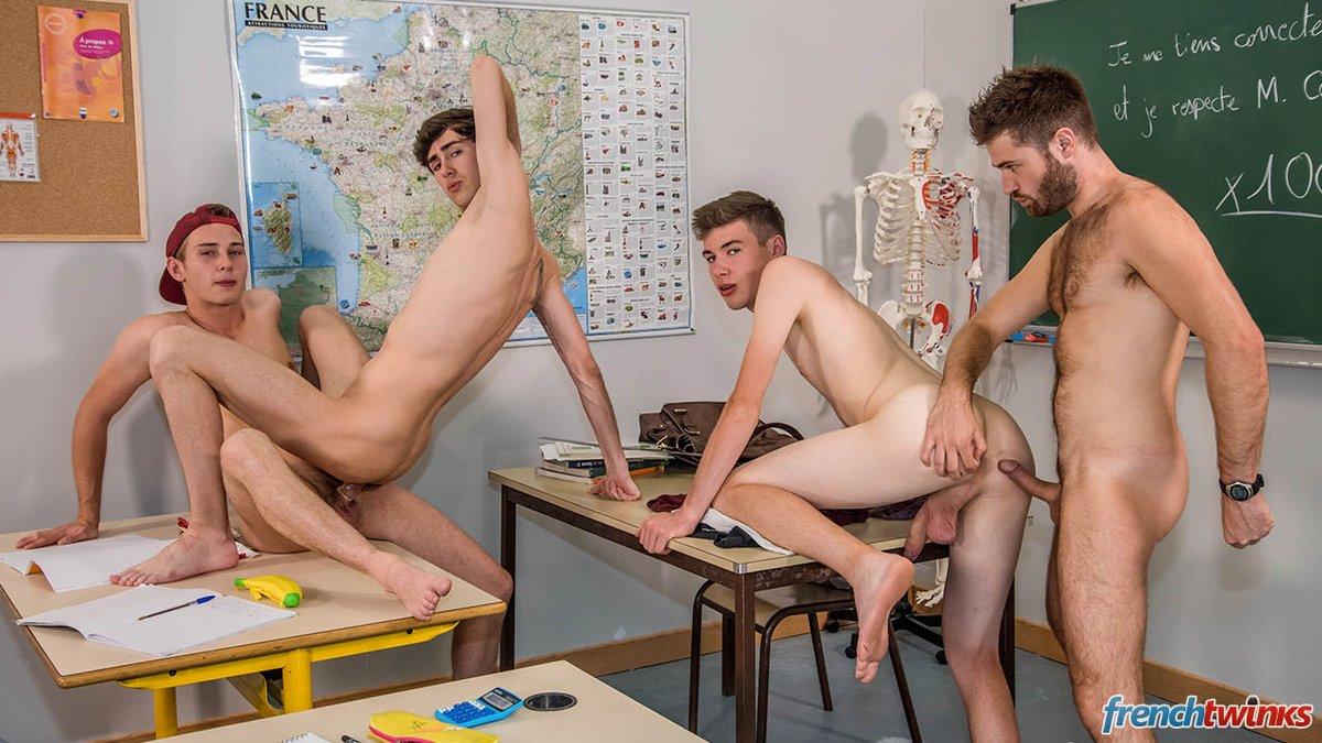 xxsex-schoolboys