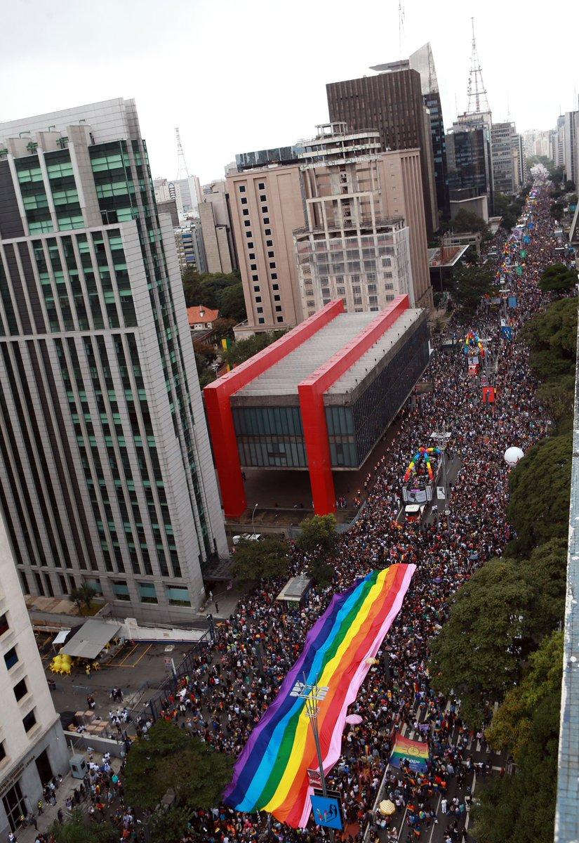'É um ato político. É resistência', diz viúva de Marielle na Parada LGBT de SP, que toma as ruas da cidade neste domingo https://t.co/kn8ortzOko