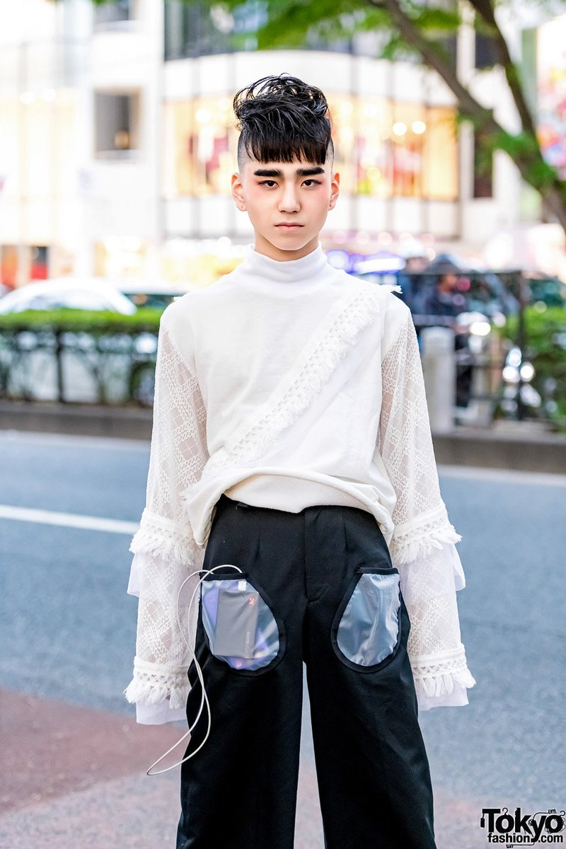 Tokyo Fashion On Twitter 16 Year Old Billimayu Mayu Fancy 17 Year Old Beni Beniemily9s On The Street In Harajuku Both Wearing Handmade Outfits By Aspiring Japanese Fashion Designer And Current Fashion Student