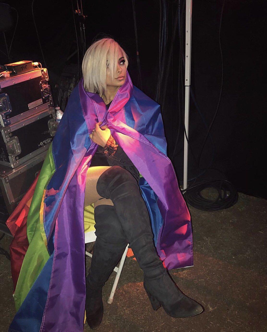 Me all Pride month. ��❤️����♀️ https://t.co/AfR01dTSiP