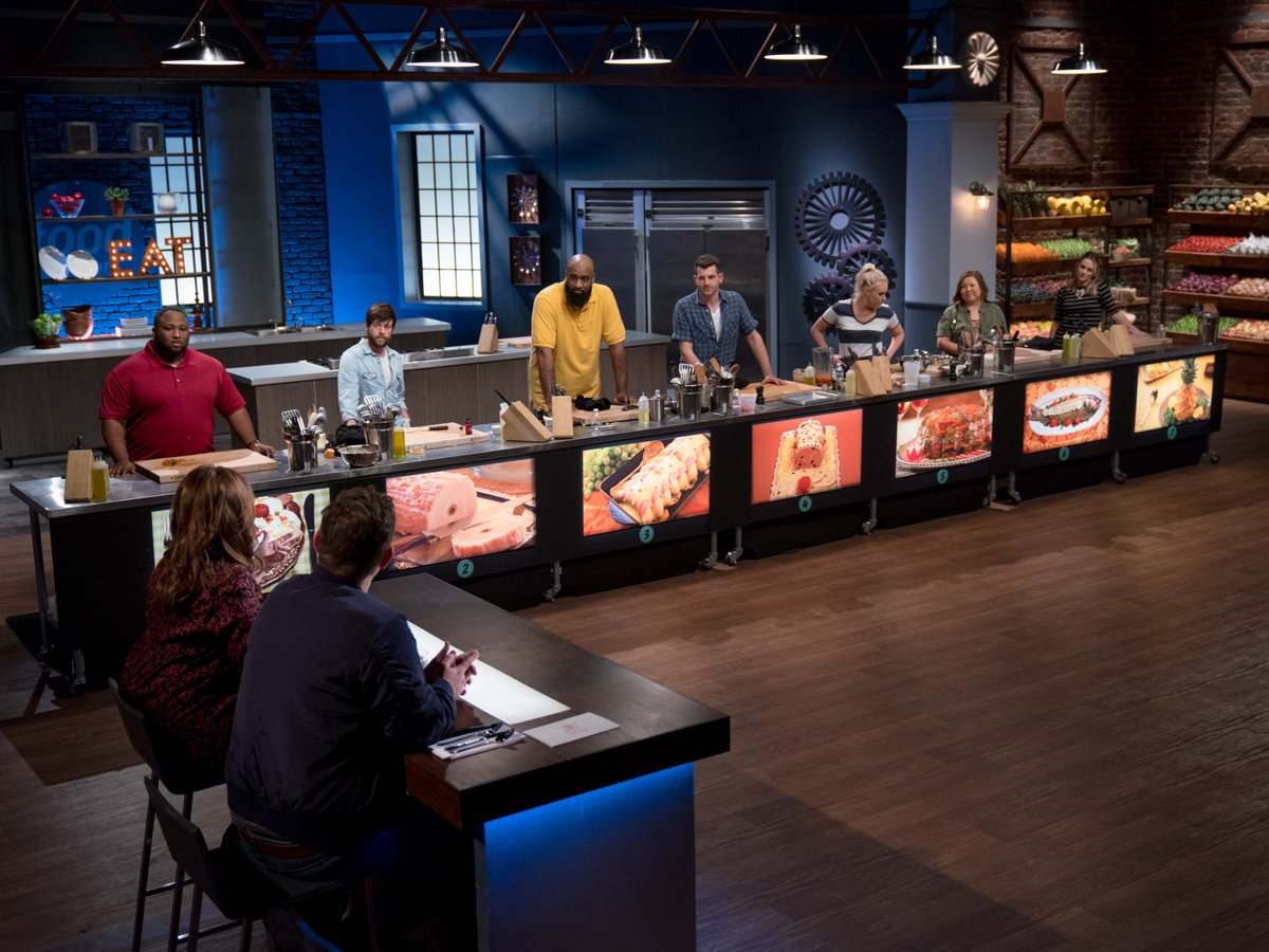 Behind the scenes of the first challenge! #FoodNetworkStar https://t.co/nHHFqYMbDL