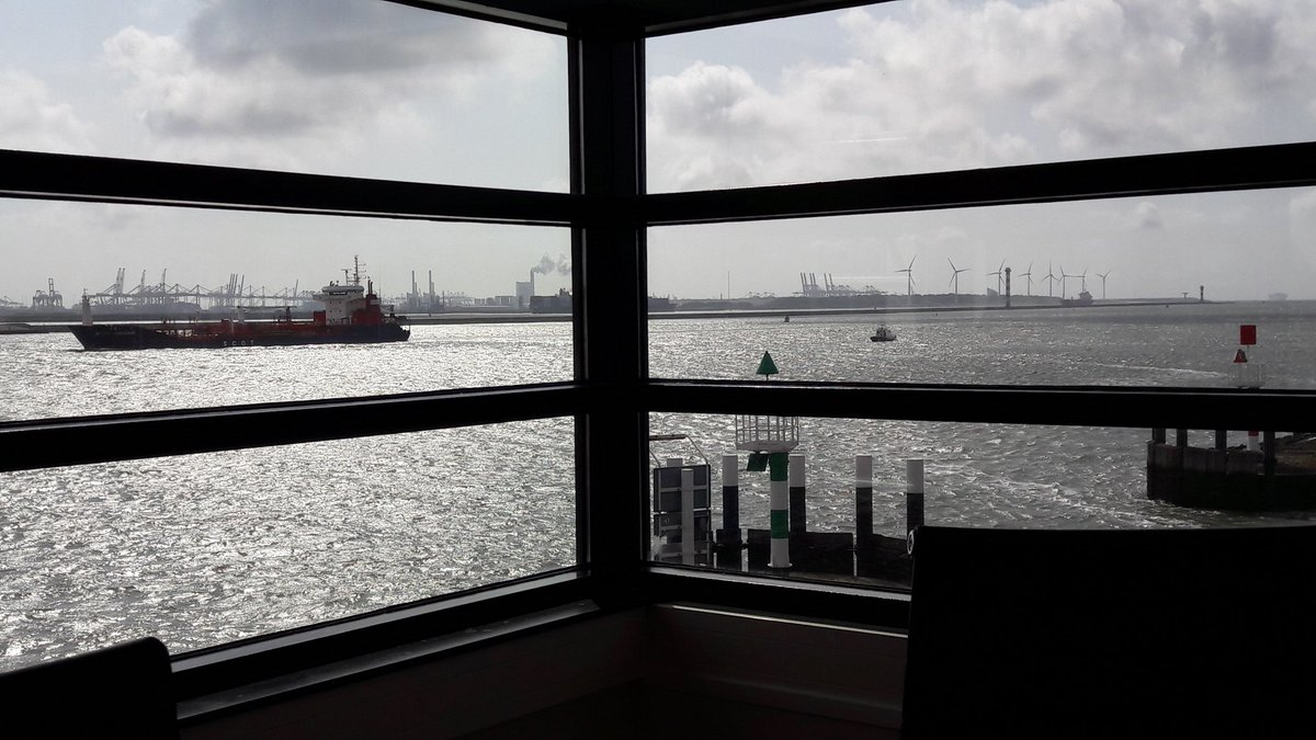 test Twitter Media - Training room with a view! Always inspirational to work in the Rotterdam harbour on #intercultural effectiveness. https://t.co/ckY68rMTUz