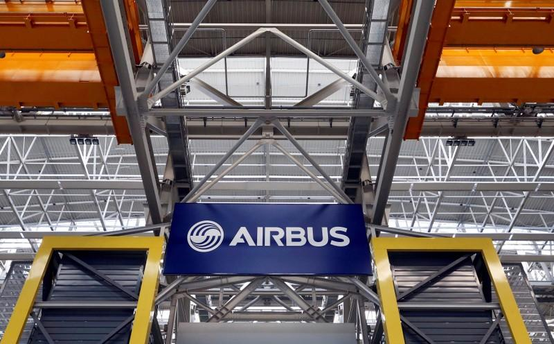 Airbus mulls new long-range A321 version in Boeing challenge https://t.co/j5419NGth6 https://t.co/XHjZnvXupH