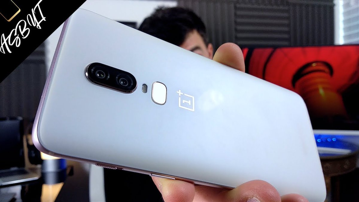 OnePlus 6 &#39;Silk White&#39; UNBOXING video! I will be giving this away this week!   #OnePlus6 #OnePlus   https:// youtu.be/w3EBopOhwlo  &nbsp;  <br>http://pic.twitter.com/6ETHPBMrni