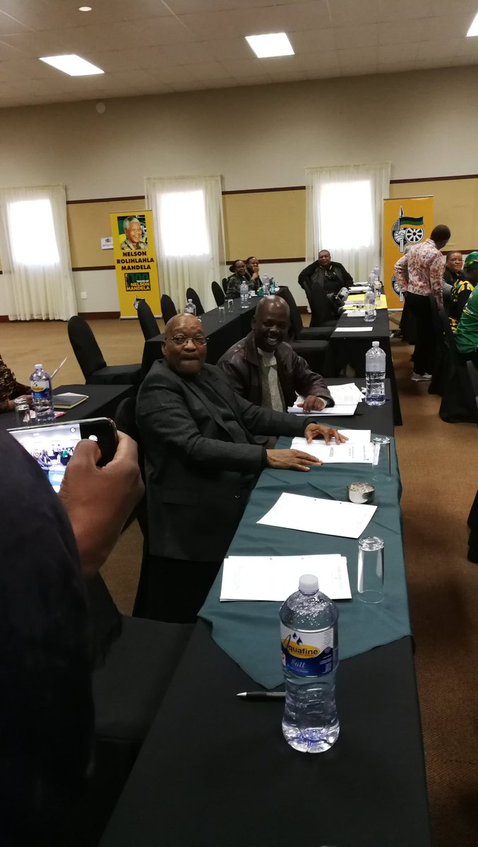 #ANCNEC former President Jacob Zuma amongst those attending today&#39;s NEC meeting <br>http://pic.twitter.com/6CRNCJnVpw
