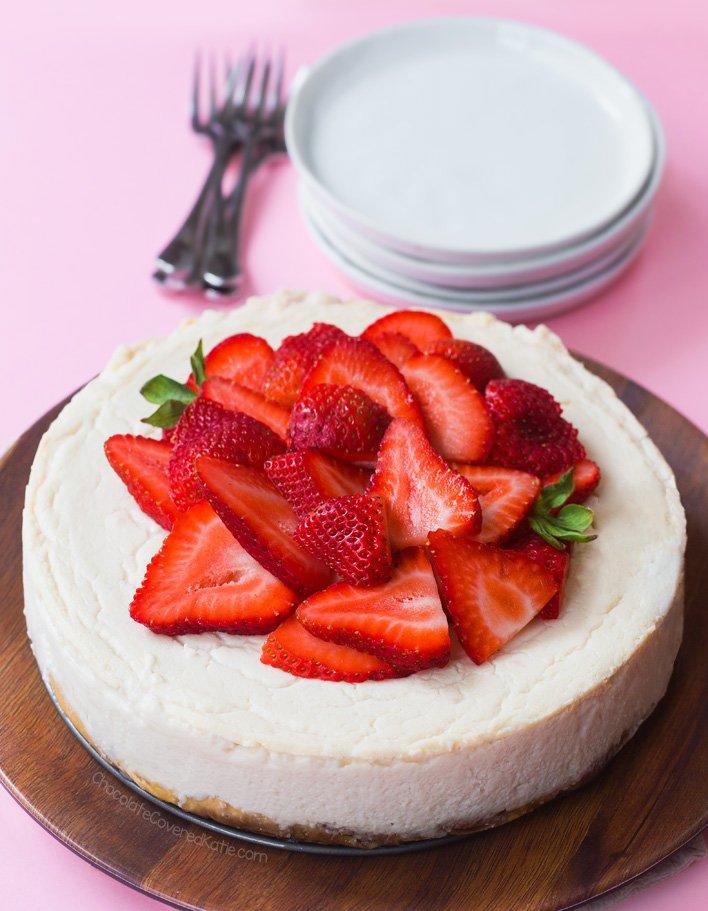 Creamy Vegan Cheesecake - NO Cashews, NO Tofu! https://t.co/5idCSHz2FX #vegan #dessert #recipe #glutenfree https://t.co/Xggd90hMQb