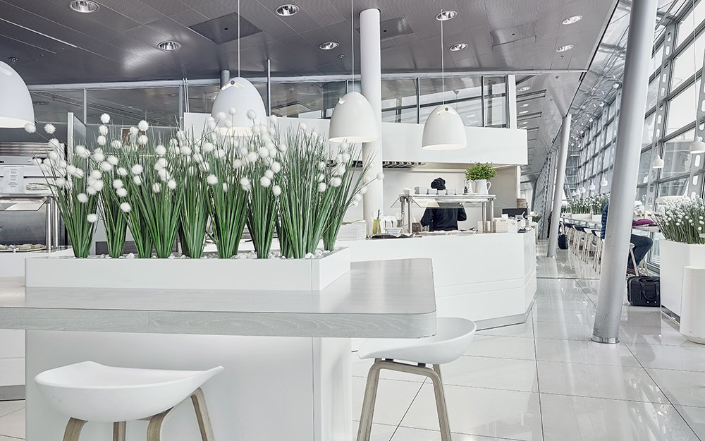 We're improving our Schengen lounge during July and August. Due to renovation serving selection will be limited as well as seating. We apologize for inconvenience and will do our best to keep the lounge as comfortable as possible. ow.ly/n9oP30kxQ6M
