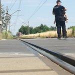 Image for the Tweet beginning: Potrącenie 13-latka na przejeździe kolejowym