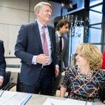 Image for the Tweet beginning: Geheime deal? De Tweede Kamer
