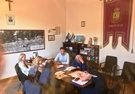 Il #Rinascimento è cominciato. L'Amministrazione #Sgarbi è già al lavoro per la #Sutri del #futuro, salda nel forte risultato democratico delle #urne.@VittorioSgarbi https://bit.ly/2yl5KPf  - Ukustom