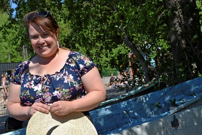 femdom handjob pikkarit myy