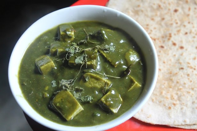 Please RT! #recipes #food #dessert Palak Tofu Recipe - Tofu & Spinach Curry Recipe https://t.co/ApomC5U8Lo https://t.co/74G0QFTvHP