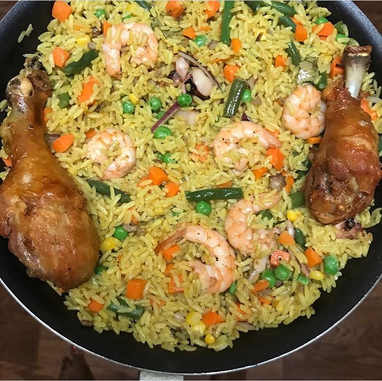 African Food Network On Twitter Fried Rice And Chicken With Prawns