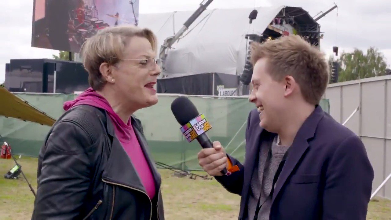 Find out what made @eddieizzard and @OwenJones84 chuckle in our backstage interview from #LabourLive �� https://t.co/DoBvjY7QA1