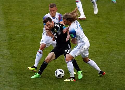 Argentina igualo 1-1 ante Islandia