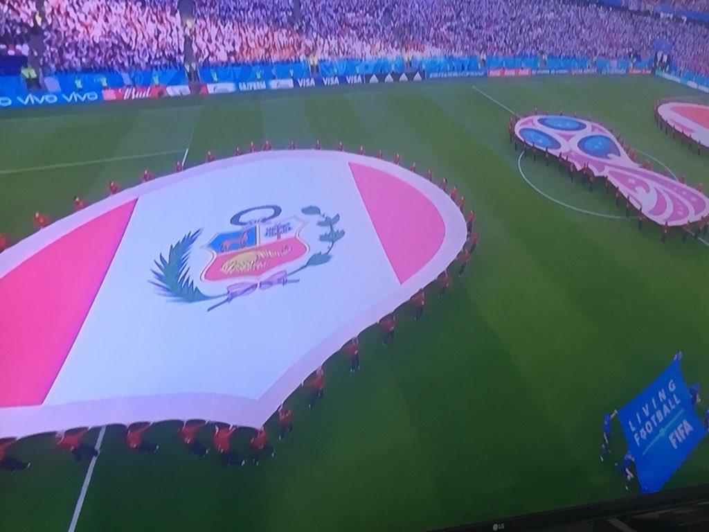 Dinamarca vence 1-0 a Perú en Fase de Grupos