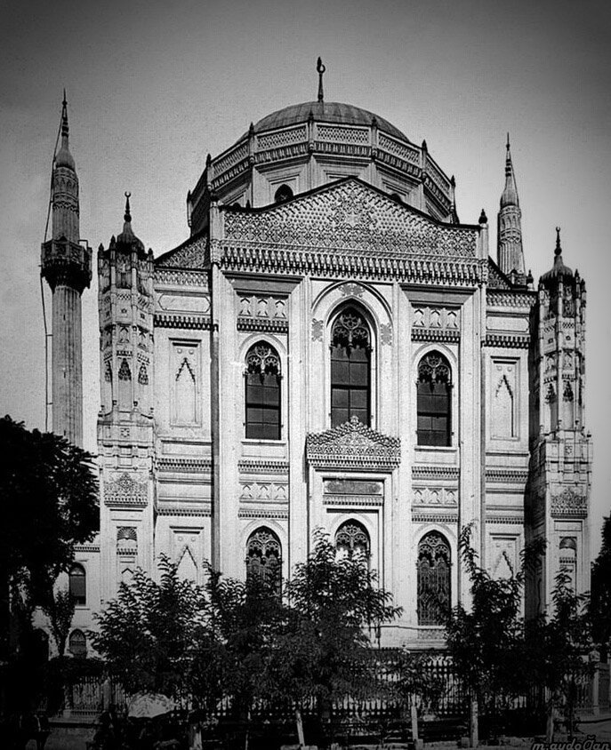 Hidden  gems  seldom visited  stunning  mosques   of  Istanbul  Turkey  https://t.co/d0j42ruMZg   . https://t.co/ZfKAzaxUK9