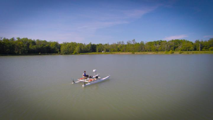 Undergraduate Engineering Students Test Their Autonomous Boat on Lake LaSalle on the North Campus