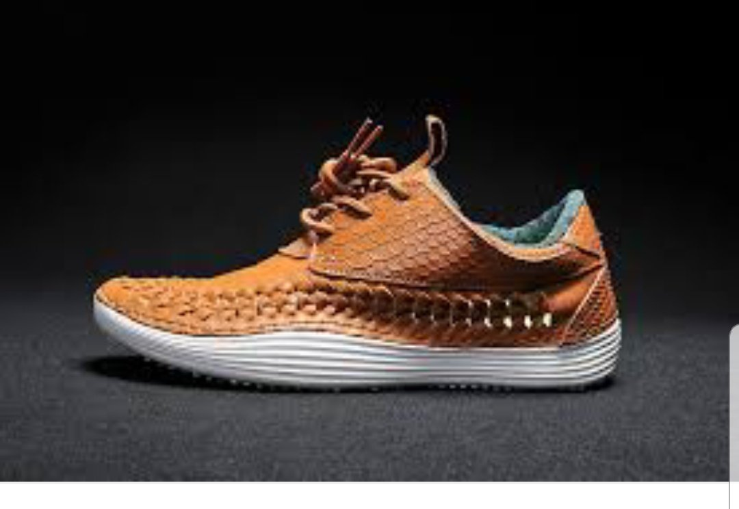 test Twitter Media - @ThommyPancakes Thinking that might have been a Nike swoosh on the side, I tried Nike moccasin running shoes. Immediate result shows something similar: https://t.co/mzccqtKgK6