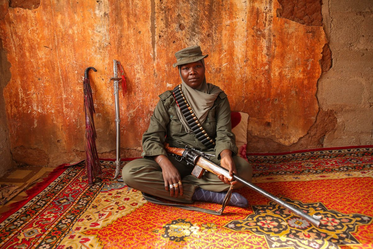 The Boko Haram huntress — in pictures https://t.co/2rV1cd0lsZ https://t.co/pZ4Y6ixzUR