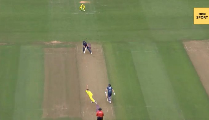 Amazing positions batsmen get themselves into these days against fast #buttler #engvaus Photo