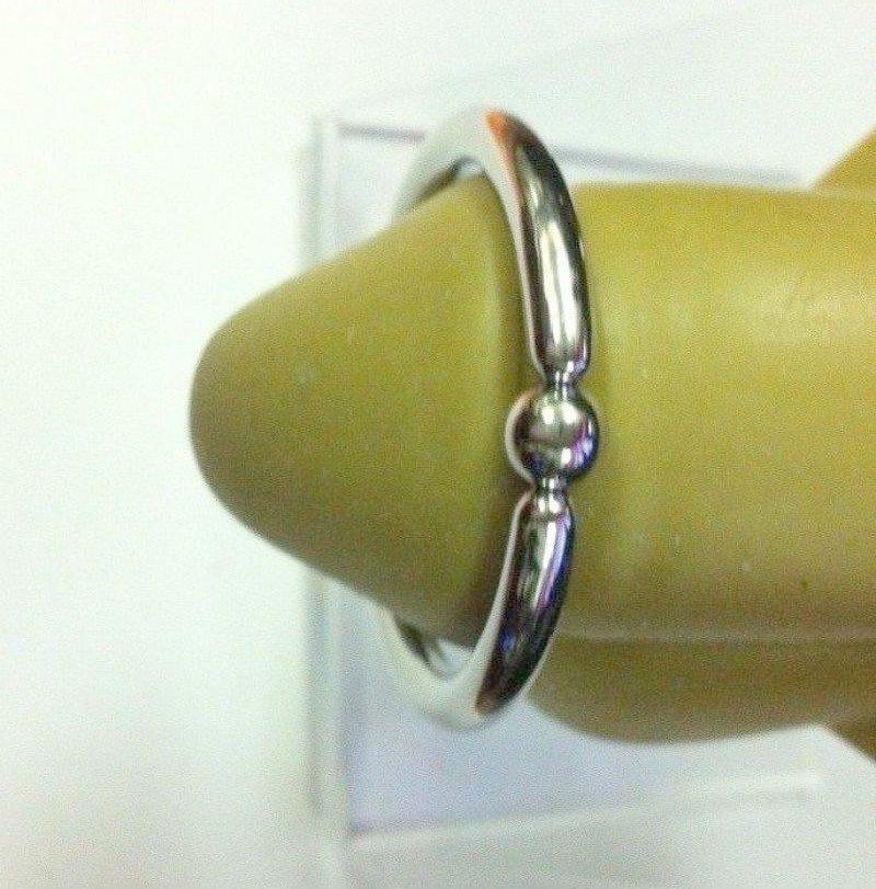 Frenum piercing