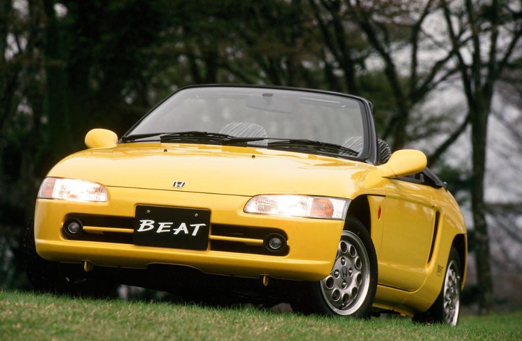 母の日は赤いカーネーション。 #父の日 は黄色いバラ。  Hondaの黄色といえば・・・#BEAT !!