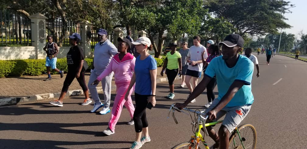 #HappeningNow: All #Rwanda health sector development partners are enjoying a special #CarFreeDay as an example to highlight their joint commitment in the fight against non-communicable diseases. @WHORwanda @UNFPARwanda @USAIDRwanda @RBCRwanda @DianeGashumba @MarkB_Schreiner<br>http://pic.twitter.com/LY2bzn4IXN