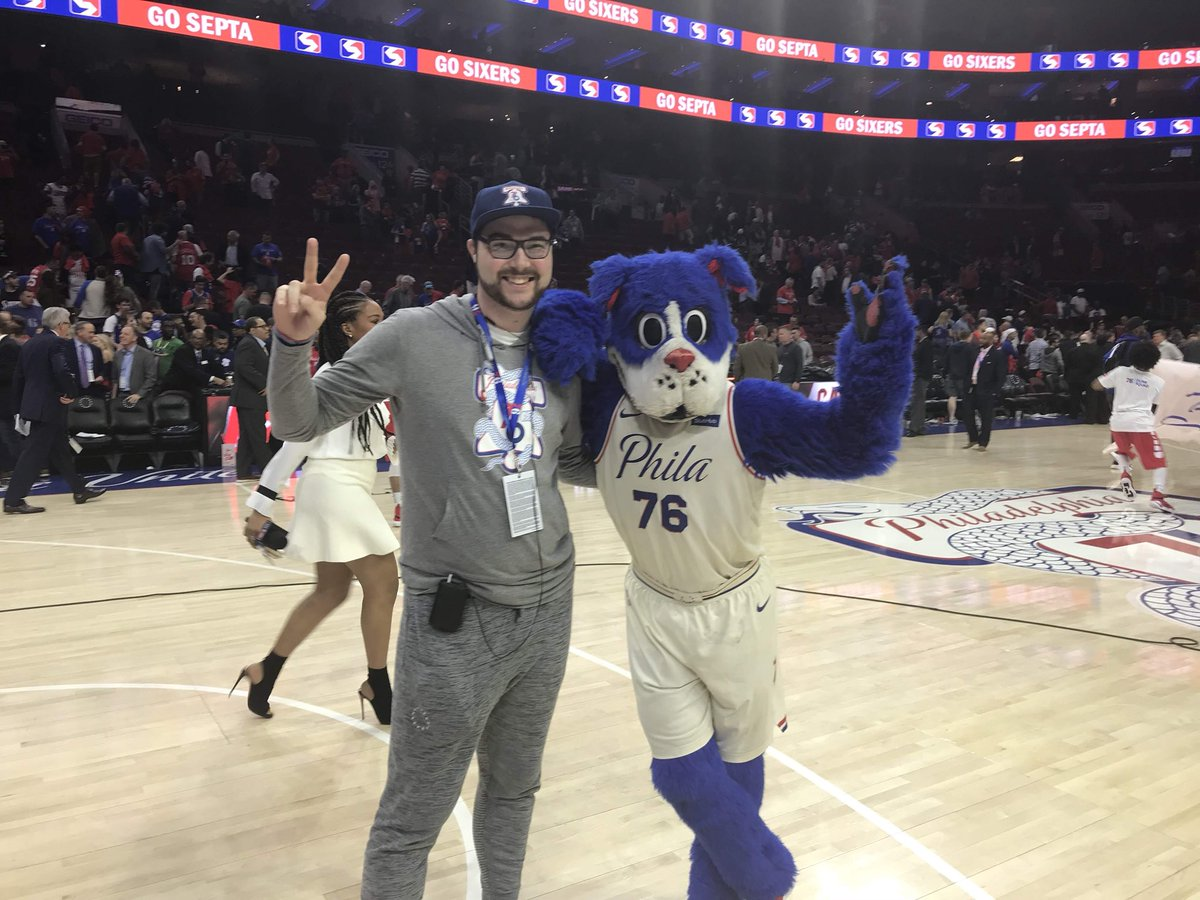 Better late than never! Happy #NationalMascotDay to the best mascot in the @NBA, @SixersFranklin!! Will never forget the memories and the opportunity 💯 #HereTheyCome