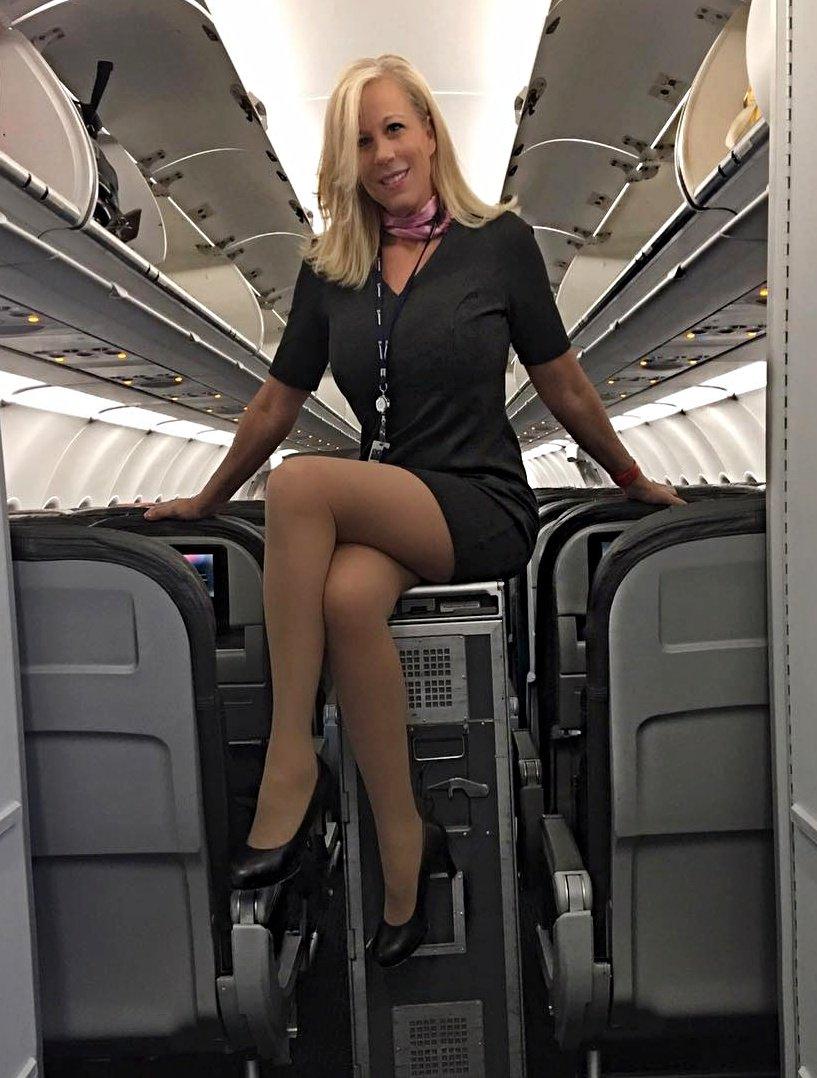Стюардесса блондинка видеоролик — photo 10
