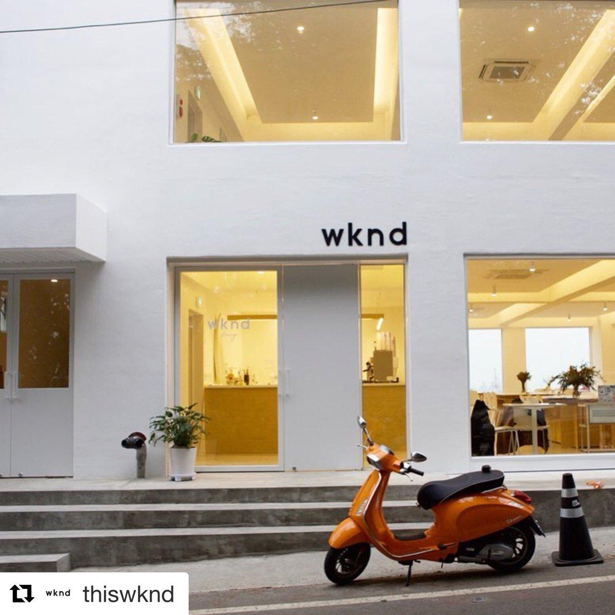 #รีวิวอินชอน ขออภัยที่เคยลงข้อมูลผิด Wkend Lounge ที่อินชอนมีสาขาเดียวค่ะ  ร้านแสงสวยมาก วิวยิ่งสวยมากไปอีก ต้องไปลองครีมกันแดดที่กันน้ำได้ รีวิวลงนิตยสารมากมาย แพคเกจจิ้งยังพาสเทลน่าใช้สุดๆ ด้วยนะ #รีวิวเกาหลี @Review_korea https://t.co/OHxiijCNsS