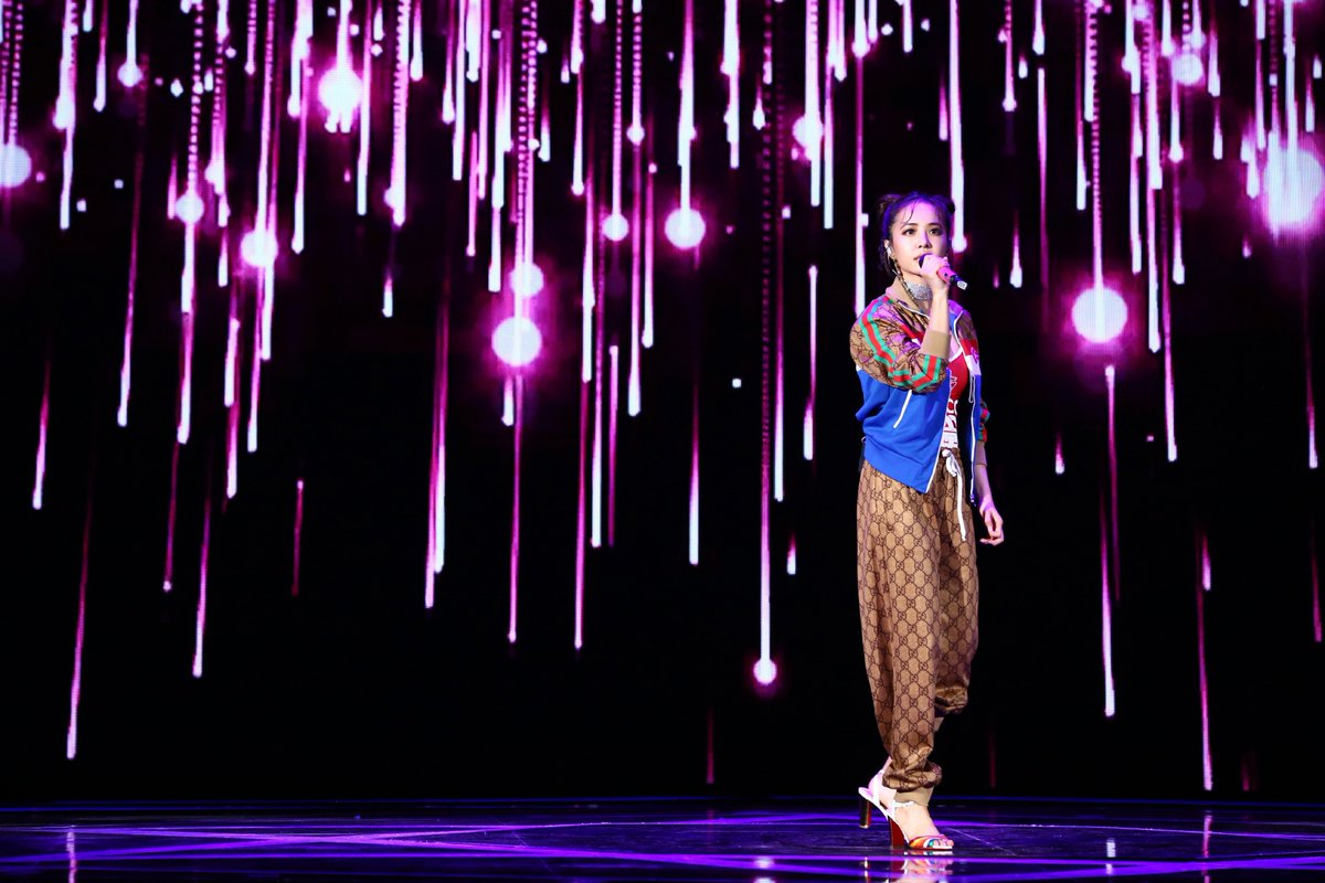 Jolin Jeneration On Twitter 蔡依林 Jolintsai 我对我 The Player Music Video Revealed First Live Performance At Dnf 10th Anniversary Festival English And French Translation Of The Song S Lyrics Click Here