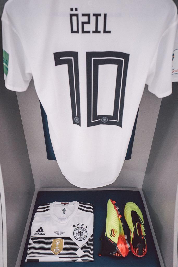 M A T C H D A Y ! ⚽️💥🇩🇪 #M1Ö #Worldcup2018 #GERMEX #DieMannschaft #Predator