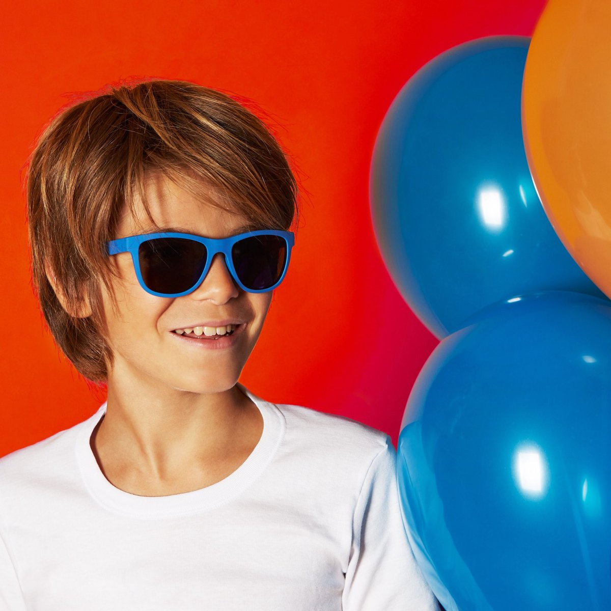 237076454c Be the coolest boy of the party with a bright blue Polaroid PLD 8018 S.   polaroideyewear  eyewear  sunday  weekend  boy  kids  friends  party  blue  ...