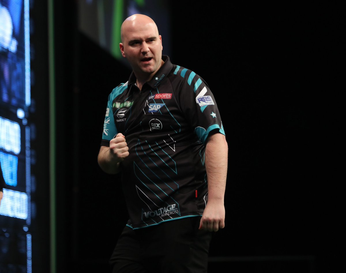 FINAL | @RobCross180 is the first man through to the #PC14 final! Rob Cross 6-2 Michael Smith 📺Watch live in PDCTV-HD ▶️ Results & streaming info: pdc.tv/node/7696