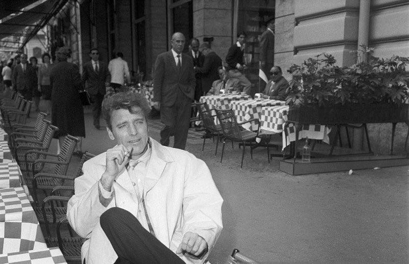 #Roma meravigliosa anni '60 quando a #ViaVeneto circolavano grandi #attori #BurtLancaster #lagrandebellezza #dolcevita @TrastevereRM @SaiCheARoma