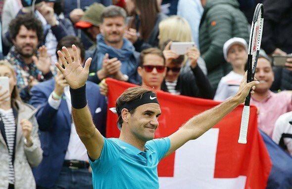 Agiganta su leyenda Roger Federer derrotó 6-4 7-6 a a Milos Raonic en la final del ATP 250 de Stuttgart y, de ese modo, alzó el título N°98 de su carrera. Volverá al primer lugar del ranking y quedó a 11 trofeos de alcanzar a Jimmy Connors