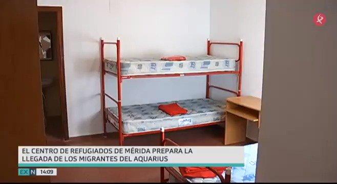 Todo preparado en Extremadura para acoger hasta 35 refugiados del #Aquarius. Está previsto que lleguen en un par de semanas a la región y se repartirán en centros y casas tuteladas de @ayto_merida, @Ayto_Caceres @ayto_navalmoral @aytovvaserena. Más detalles en #EXN https://t.co/jDfQlXgf11
