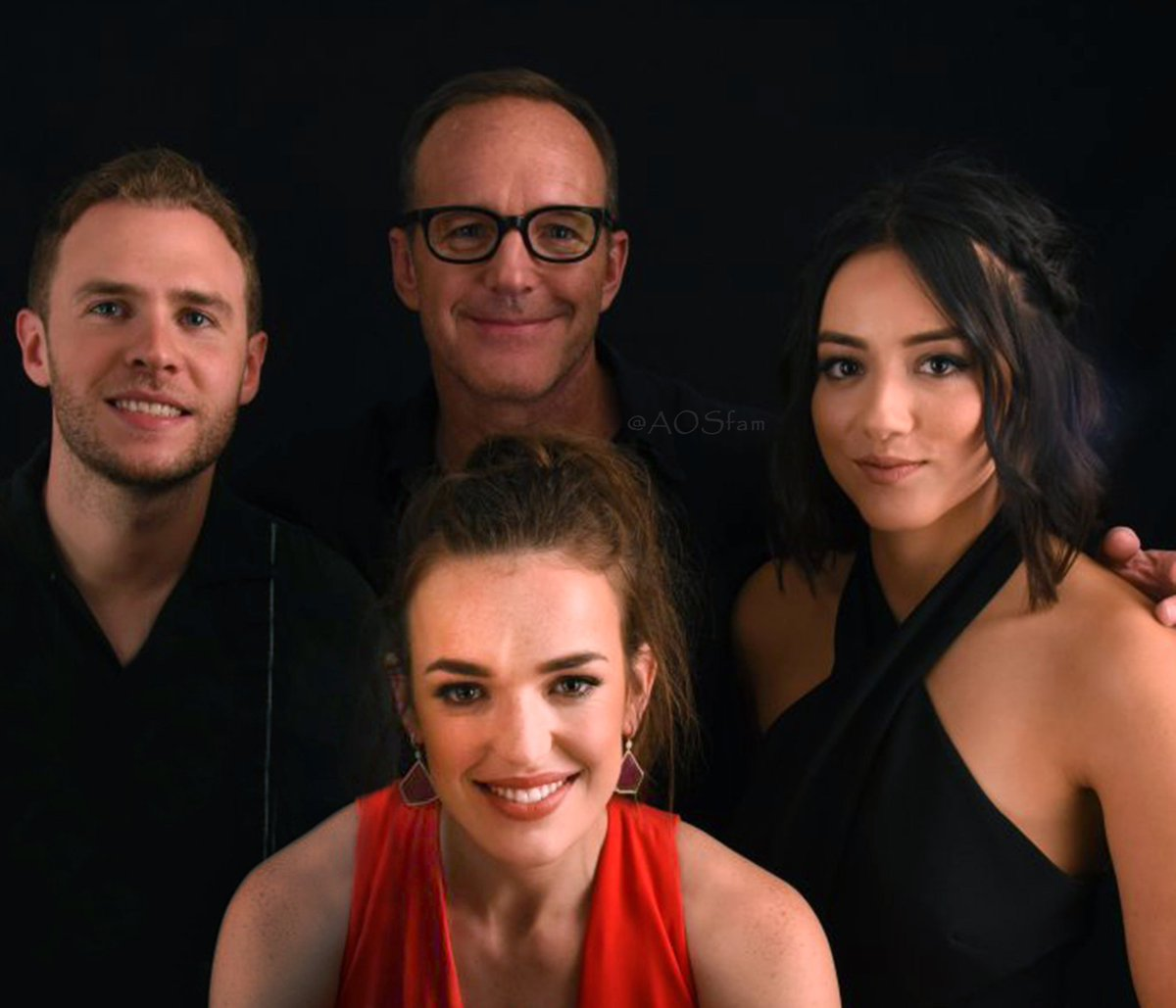 Here's to Leopold, Jemma & Daisy's Dad-- PHILLIP J. COULSON, Happy Father's Day!!!  You don't need to be biologically related to them to be a father, you're just a natural! We love you! 😊  @clarkgregg  @lil_henstridge @chloebennet  #Philinda Fam Bam #FitzSkimmons #Philindaisy